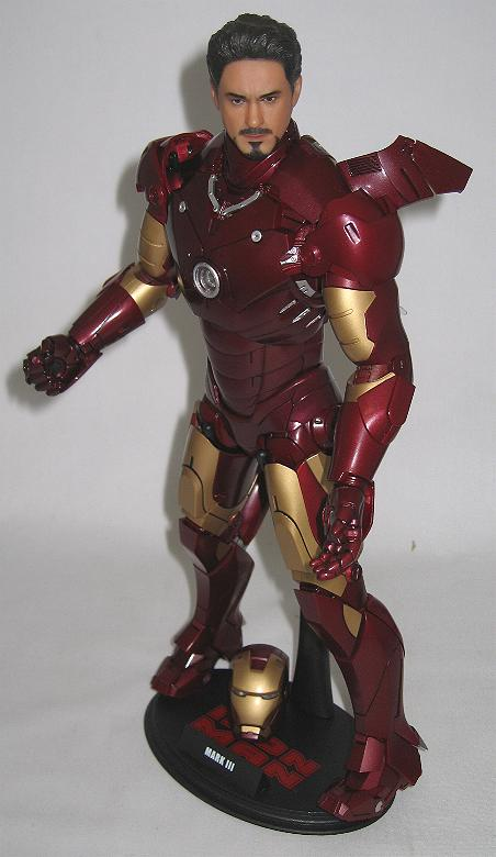 Stand Up Desk >> Sideshow Toys Marvel Action Figure: Iron Man Mark III | CmdStore