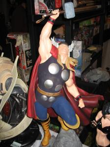 Montreal Toy Show Thor Sideshow Statue