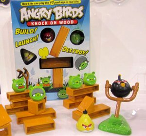 angrey birds knock on wood game.