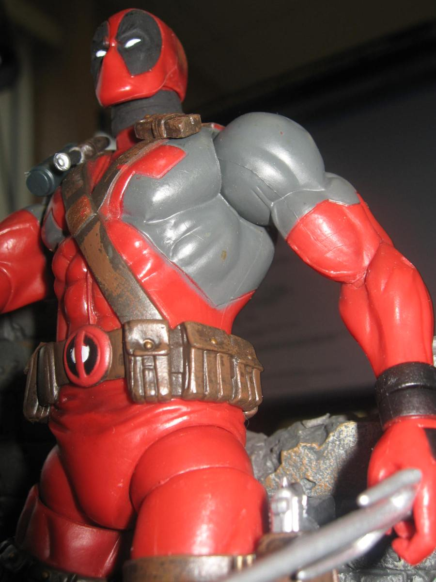 Deadpool Marvel Select Figure