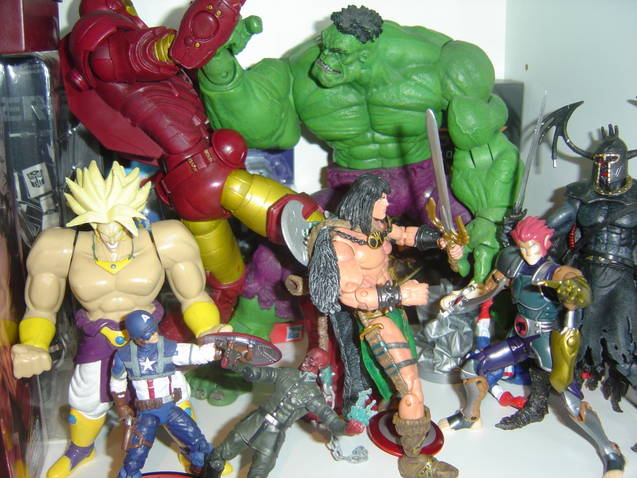 Toy Collection Marvel and Dragon Ball Z
