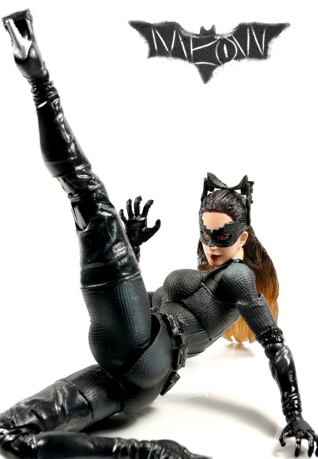 Catwoman (Selina Kyle) Play Arts Kai Movie Figure