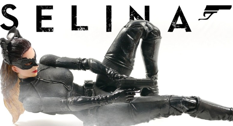 Selina Kyle Play Arts Kai Movie Figure
