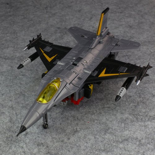 F-16 Falcon loose