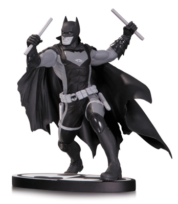 Batman Earth 2 Black and White Statue