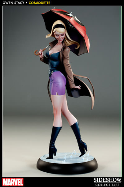 Gwen Stacy Statue