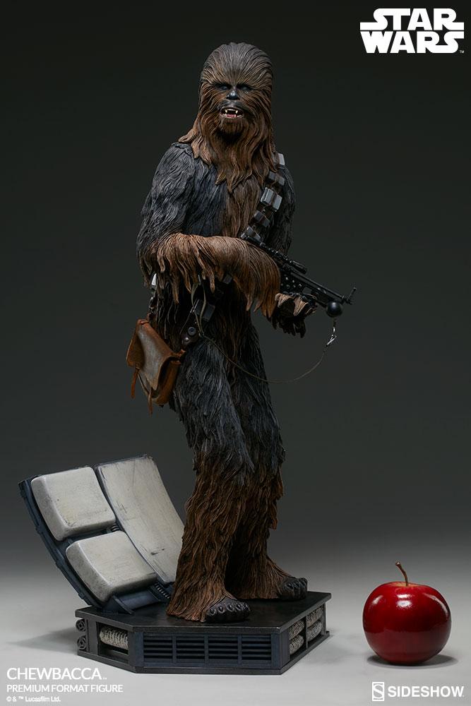 star-wars-23-inch-statue-figure-premim-format-chewbacca-sideshow-300527-pre-order-ships-april-2018-2.jpg