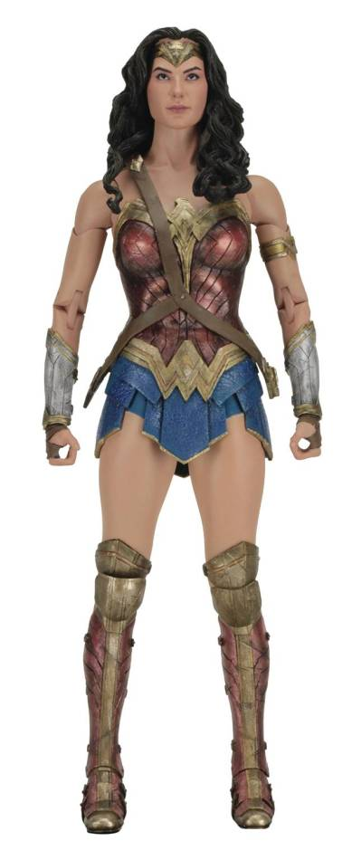wonder-woman-18-inch-action-figure-1-4-scale-series-wonder-woman-pre-order-ships-nov-2017-2.jpg